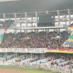 কলকাতা ডার্বির গ্যালারিতে ভেসে উঠল এনআরসি বিরোধী প্রতিবাদ