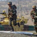 ফের যুদ্ধবিরতি লঙ্ঘন করে কাশ্মীরের  LoC-তে মর্টার হামলা পাক-সেনার