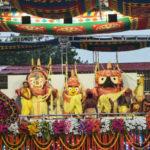 সামাজিক দূরত্বকে বুড়ো আঙুল দেখিয়ে পুরীর জগন্নাথ মন্দিরে চলল অবাধ স্নানযাত্রা