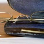 নিলামে উঠতে পারে গান্ধীজির চশমা, দাম উঠতে পারে ১০ হাজার থেকে ১৫ হাজার পাউন্ড