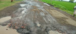 রাস্তার হাল বেহাল, সমস্যায় বোলপুর নানুর রুটের যাত্রী সাধারন