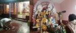 নারায়ণপুরের সরকার বাড়ির দুর্গার চালচিত্রে আঁকা থাকে গ্রামের বিদ্যালয়ের ছবি