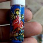 নদিয়ার তুহিন মন্ডলের তাক লাগানো শিল্পকর্ম, হোমিওপ্যাথি ঔষদের শিশিতে আঁকলেন মা দুর্গার প্রতিকৃতি