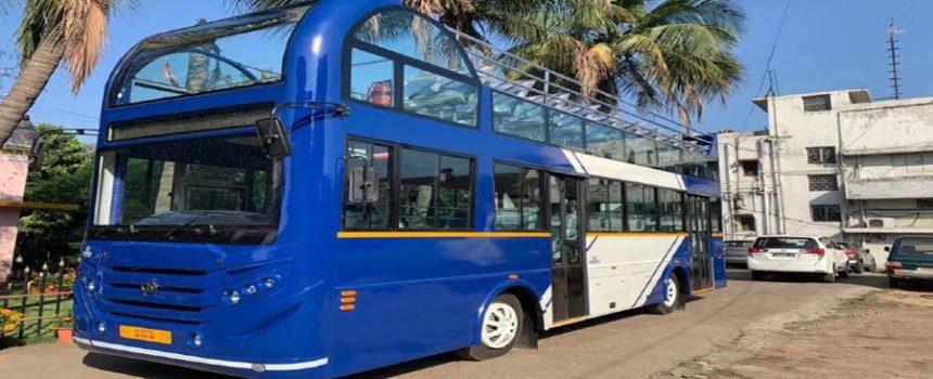 double daker bus