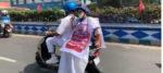 ইলেকট্রিক স্কুটারে চেপে নবান্নে গেলেন মমতা, চালালেন ফিরহাদ হাকিম