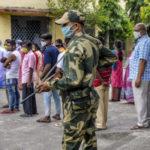ভোট চলাকালীন অশোকনগরে চললো গুলি, কাঠগড়ায় কেন্দ্রীয় বাহিনী