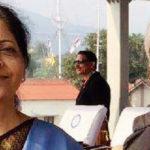 'সরকার হৃদয়হীন', করোনা মোকাবিলায় কেন্দ্রের ব্যর্থতা নিয়ে কড়া সমালোচনায় নির্মলা সীতারমণের স্বামী