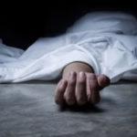মায়ের মৃতদেহ তিনদিন ধরে আগলে রাখল মেয়ে, মনে করিয়ে দিল ২০১৫ সালের রবিনসন স্ট্রিটের ঘটনা