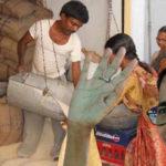 দুয়ারে রেশন প্রকল্পের সুবিধা পেতে গেলে আপনাকে নিম্নলিখিত কাজগুলি অবশ্যই করতে হবে
